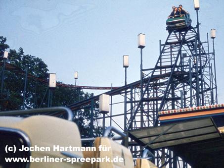 kulturpark-plaenterwald-achterbahn-abfahrt