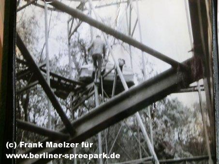 kulturpark-plaenterwald-aufbau-achterbahn