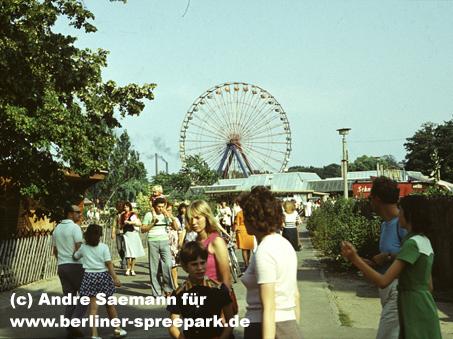 kulturpark-plaenterwald-besucher-pappelallee