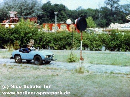kulturpark-plaenterwald-blau-kinderauto