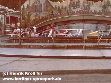 kulturpark-plaenterwald-karussell-bobbahn