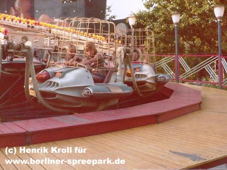 kulturpark-plaenterwald-karussell-kinder