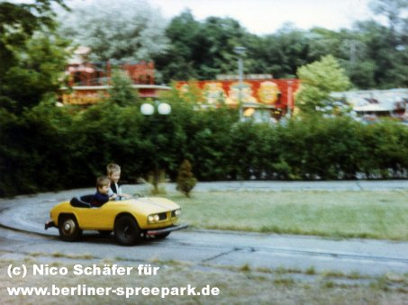 kulturpark-plaenterwald-kinderauto-gelb
