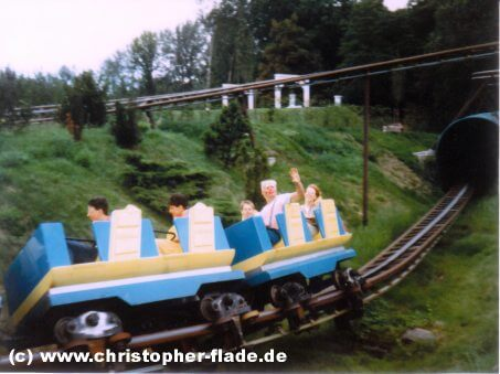 spreepark-achterbahn-attraktion-spreeblitz