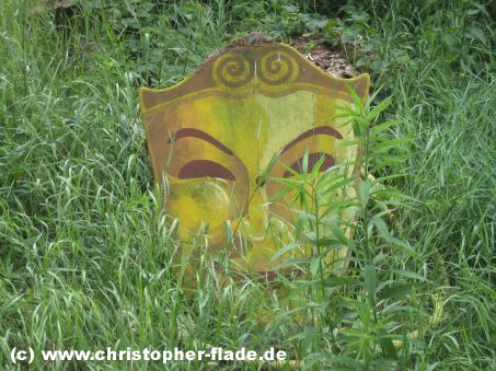 spreepark-lost-place-show-maske