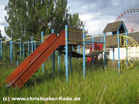 spreepark-lost-place-spielplatz