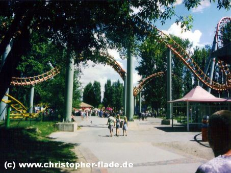 berlin-spreepark-attraktion-mega-loop