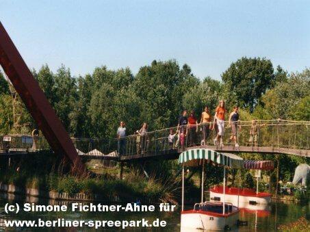 spreepark-berlin-canale-grande-besucher