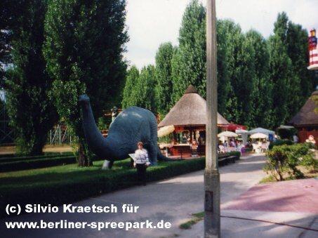 spreepark-berlin-dinowiese