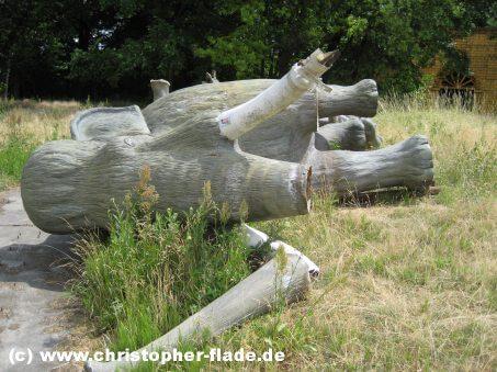 spreepark-berlin-dinoworld-mammut