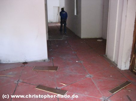 spreepark-berlin-ehemaliges-spiegellabyrinth