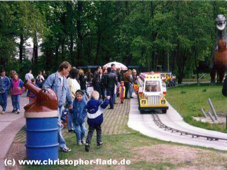 spreepark-berlin-gaeste-minitruck-fahrt