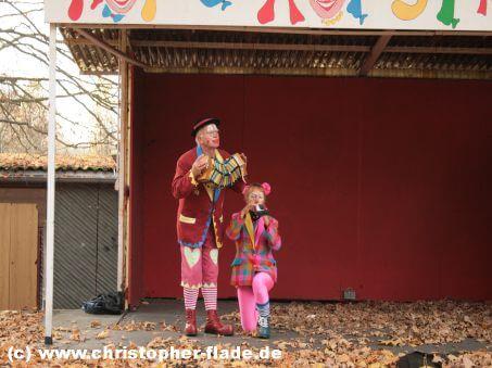spreepark-berlin-hops-und-hopsi-clowns