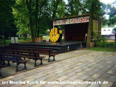 spreepark-berlin-hops-und-hopsi-kinderbuehne