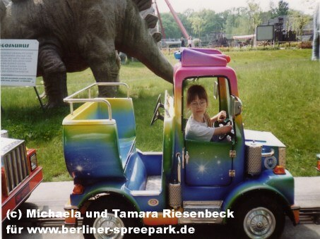 spreepark-berlin-kind-minitruck-fahrt