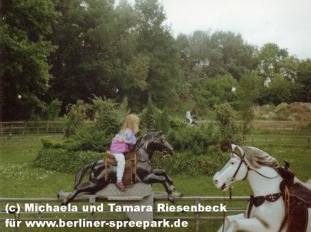 spreepark-berlin-pferdereitbahn