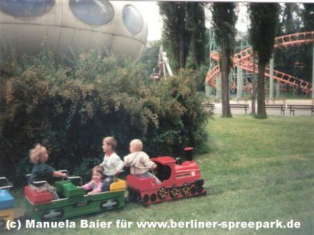 spreepark-berlin-ufo-kinder-eisenbahn