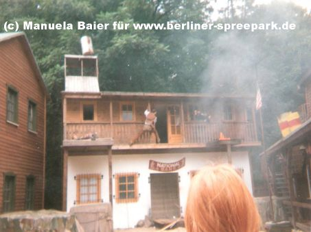 spreepark-wild-west-show-berlin
