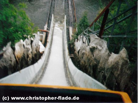 wildwasserbahn-grand-canyon-spreepark