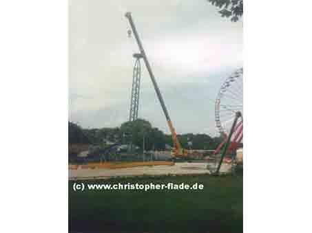 spreepark-berlin-zirkus-zelt-mast