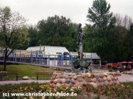 spreepark-plaenterwald-till-eulenspiegel-brunnen