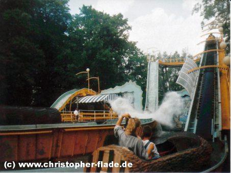 spreepark-plaenterwald-wildwasserbahn-splash
