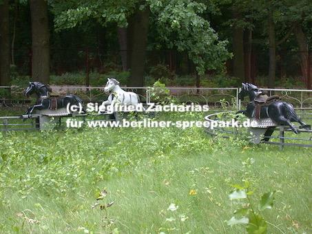 Spreepark_Lost-Place_Zacharias_Kentucky-Ride