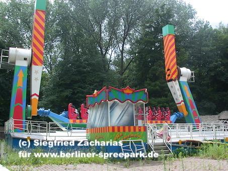 Spreepark_Lost-Place_Zacharias_Roll-over-Jill