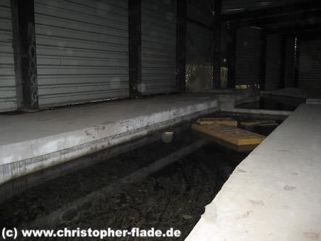 spreepark_lostplace_dinokanalfahrt-bahnhof
