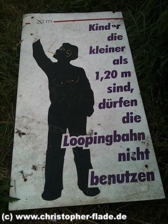 spreepark_lostplace_schild-loopingbahn-groesse