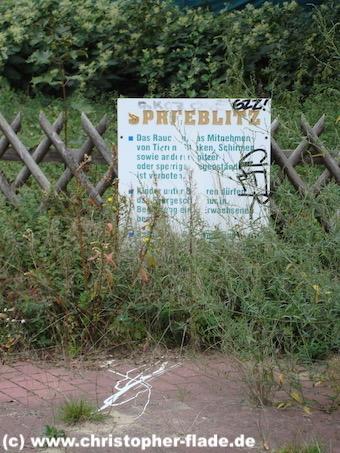 spreepark_lostplace_spreeblitz-verhaltensregeln-schild