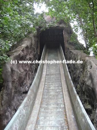 spreepark_lostplace_wildwasserbahn-groesse-abfahrt